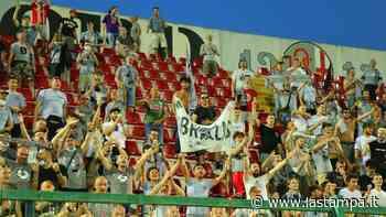 """Dieci mila euro di ammenda all'Alessandria per il comportamento """"sopra le righe"""" dei tifosi - La Stampa"""