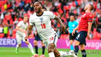 England edge Czechs to finish atop Group D