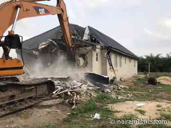 Lagos serves 3-day demolition notice on 45 buildings in Lekki - Nairametrics