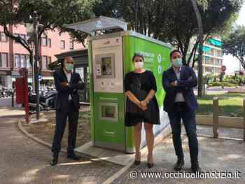 Differenziata, la raccolta a Pesaro è più semplice e comoda grazie ai distributori automatici di sacchi - Occhio alla Notizia