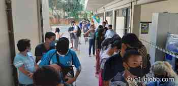 Justiça mantém suspensão de vacinação de adolescentes em Betim, na Grande BH - G1