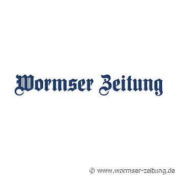 Fällung von zwei Pappeln an B 9 bei Worms - Wormser Zeitung