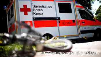 Unachtsamkeit: Radfahrer stürzt und muss ins Krankenhaus - Augsburger Allgemeine
