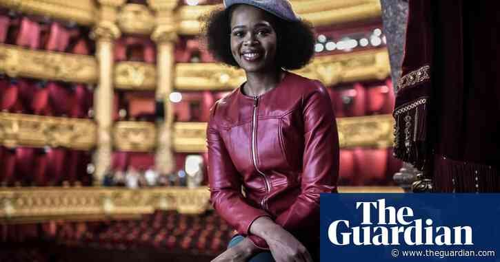Opera star detained at Paris airport accuses immigration of racial discrimination