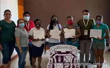 ¡La edad no es obstáculo! Otorgan certificados de nivel básico en Tampico Alto - El Sol de Tampico