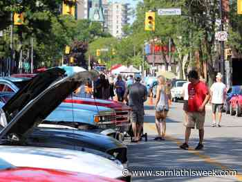 Thumbs up for return of Sarnia's Weekend Walkabouts - Sarnia and Lambton County This Week