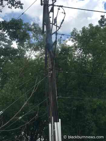Pole fire causes power outage in Sarnia - BlackburnNews.com