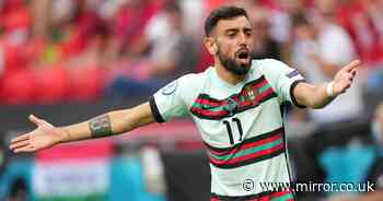 """Jose Mourinho slams Bruno Fernandes amid claims he """"was on the pitch but not playing"""" - The Mirror"""