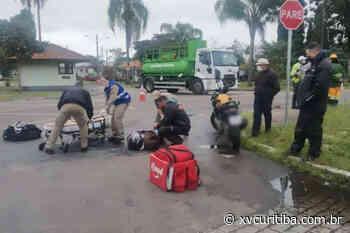 Colisão entre caminhão pipa e moto deixa jovem ferida em Curitiba - XV Curitiba