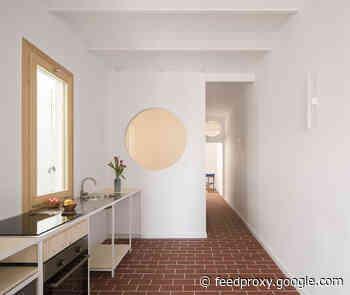 Pujades 141 Apartment / Aramé Studio