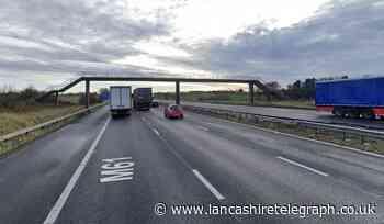 Heavy traffic as one lane of M61 closed near Chorley