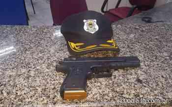 Trio é flagrado com réplica de arma de fogo em Volta Redonda - O Dia