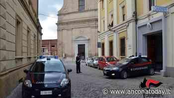 Parcheggiatori abusivi in azione: beccati dai carabinieri - AnconaToday