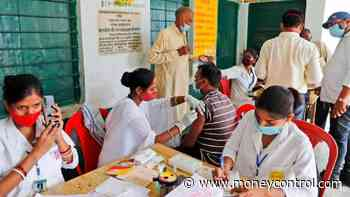 COVID-19 | Record vaccination a #39;test case#39; for govt to reach milestone of one crore doses a day