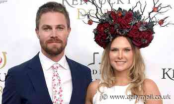 Arrow's Stephen Amell 'forcibly removed from a flight by air marshal and three flight attendants'