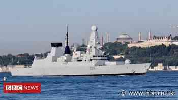 Russian jets and ships target British warship