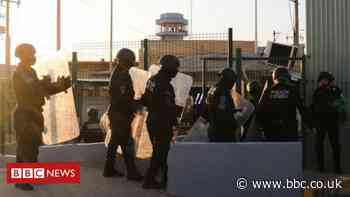 Mexico prison: Six killed in fight between rival gangs