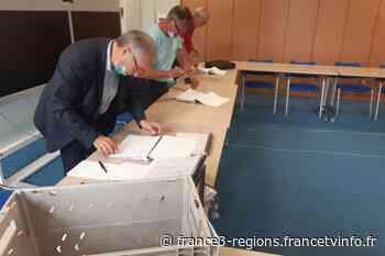Tarbes : les candidats aux élections départementales incitent les abstentionnistes à aller voter pour le secon - France 3 Régions