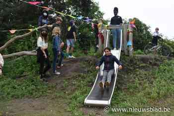 Kinderen spelen speelplein Rijtenhof in