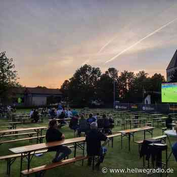 EM-Fanmeile in Geseke mit 500 Zuschauern - Hellweg Radio