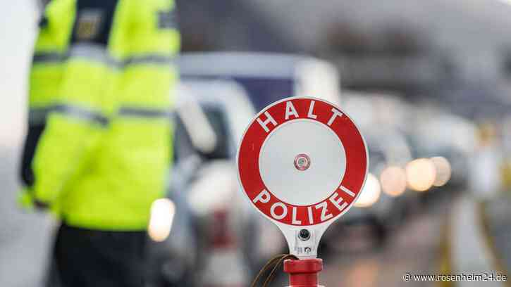 Taxifahrer aus München wegen Schleusungsverdacht bei Rosenheim festgenommen