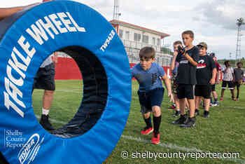 Ellison, Shelby County host youth football camp - Shelby County Reporter - Shelby County Reporter