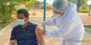 Vacunación masiva comenzó en El Banco y Aracataca sin los biológicos prometidos por MinSalud - Seguimiento.co
