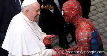 Spider-Man meets Pope Francis, slings him a Marvel face mask     - CNET