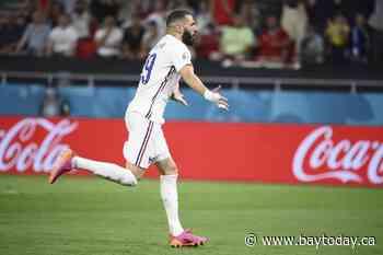 Ronaldo scores 2 to reach 109 goals, Portugal advances