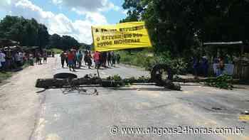 Protesto bloqueia trecho da BR 101 em Joaquim Gomes - Alagoas 24 Horas