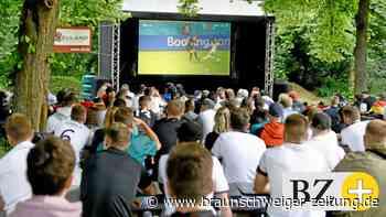 Public viewing in Wolfsburg: Bangen, hoffen – ein gutes Ende