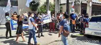 Grupo de servidores do Samu fazem manifestação em Fortaleza - G1