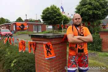 """Iedereen hangt de tricolore vlag buiten, maar Mano maakt een oranje-bastion: """"Alleen als Nederland er eerder uit gaat dan de <BR />Rode Duivels, hang ik een Belgische vlag"""""""