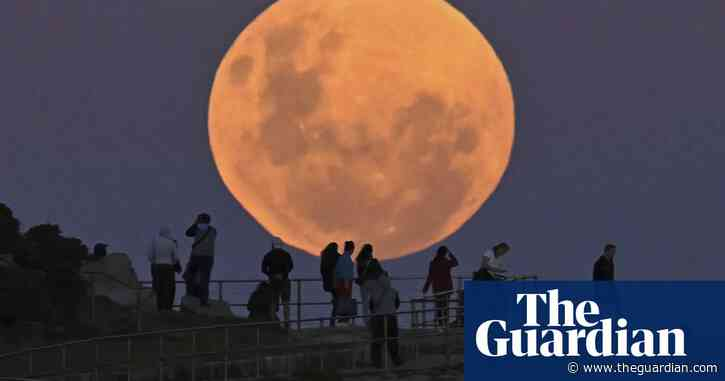 Strawberry moon Australia 2021: how to photograph the full supermoon on your phone or camera tonight