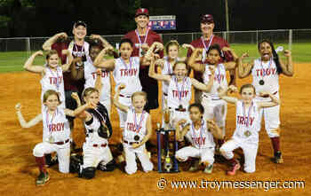 Pair of teams win district titles - The Troy Messenger - Troy Messenger