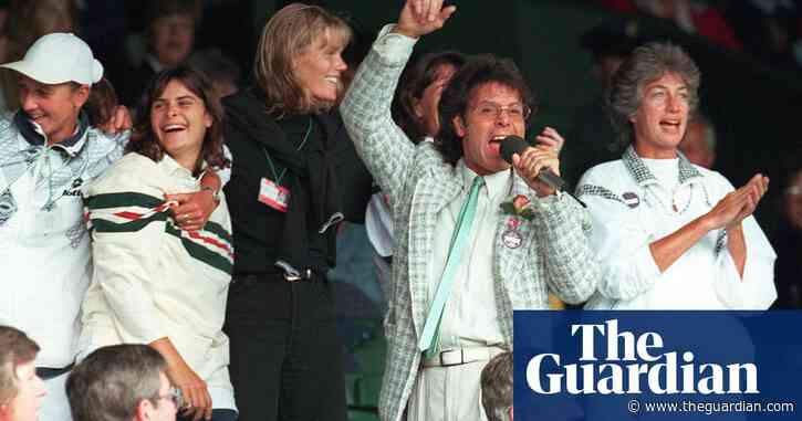 Le Tour, Platini v Zidane and Cliff Richard's Wimbledon silver jubilee   Classic YouTube
