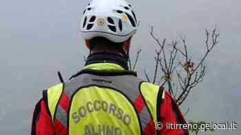 Cade sulle Apuane, muore un escursionista di Fucecchio - Il Tirreno