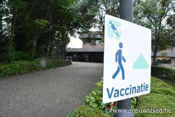 """Vaccinatiecentra zoeken 600 jongeren voor snelle coronaprik: """"Handig voor wie op kamp gaat of naar festival wil"""""""