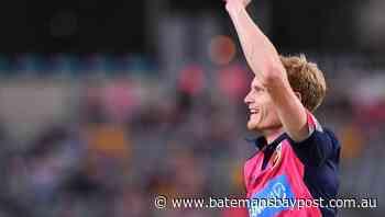 Simon re-signs with A-League's Mariners   Bay Post-Moruya Examiner   Batemans Bay, NSW - Bay Post/Moruya Examiner