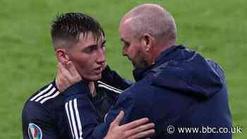 Billy Gilmour: Scotland midfielder tests positive for Covid-19 - BBC Sport