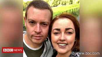 Covid: Salford woman cancels Scotland honeymoon over travel ban - BBC News