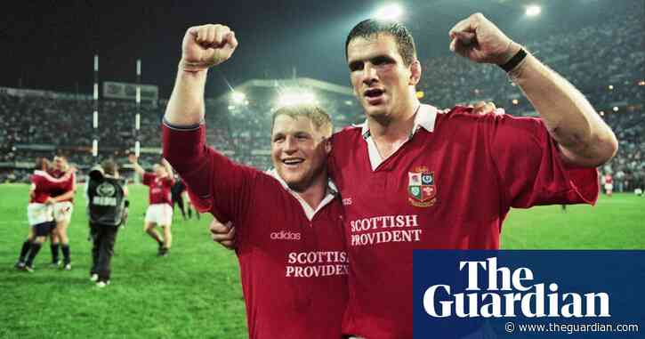 Martin Johnson tells Lions to muck in and enjoy it: 'It's history very quickly'