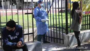 Murieron 452 personas y 24.463 fueron reportadas con coronavirus en el país - Télam