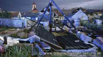 Bis zu 150 Verletzte bei Unwetter mit Tornado in Tschechien