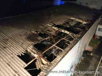 Kaiserslautern - Lagerhalle auf dem Einsiedlerhof steht in Flammen › Von Mittelrhein-Tageblatt Redaktion - Mittelrhein Tageblatt