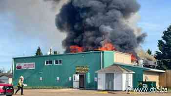 Curling rink in Stony Plain, Alta., ravaged by massive fire - CBC.ca