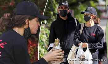 Rose Byrne and Bobby Cannavale rush for a final shopping trip before entering a seven day lockdown