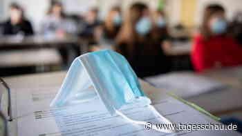 Corona-Pandemie: RKI für Maskenpflicht an Schulen bis 2022