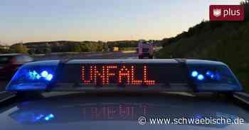 Spiegelglatte Straße: 41-Jährige stirbt nach schwerem Unfall - Schwäbische