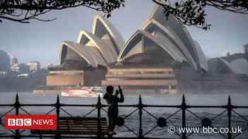 Covid: Sydney city centre and Bondi beach to enter lockdown